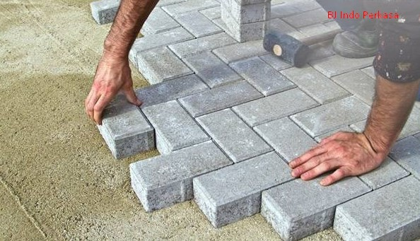 Distributor Paving Block Solo